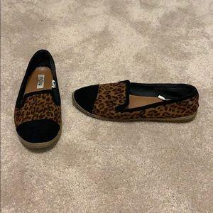 2/$20 Leopard black tip loafer sneaker slip ons